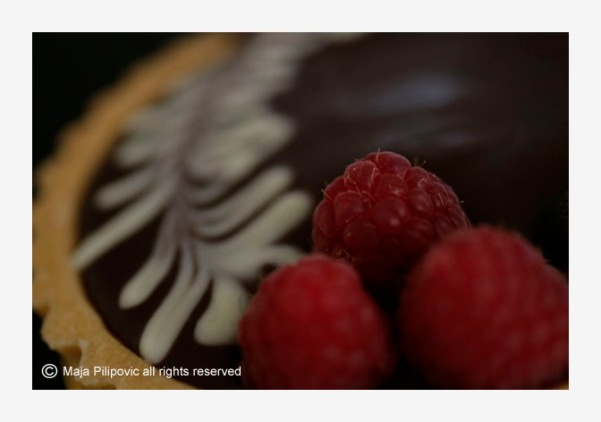 Raspberry cake with leaf